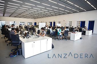LANZADERA, acceleradora de projectes, presenta els seus programes a URBALAB