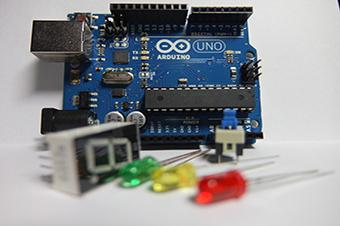 Introducció a la Tecnologia Arduino